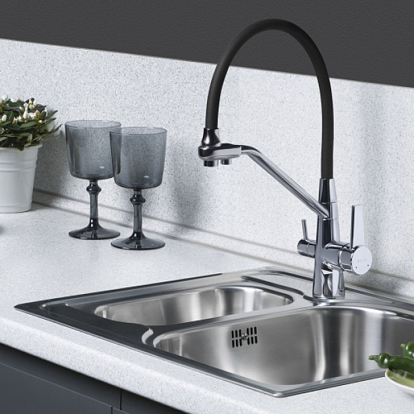 Смес. DEVIDA для питьевой воды с черным гибким изливом, на гайке